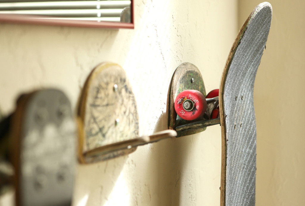 upcycled skateboard hook rack